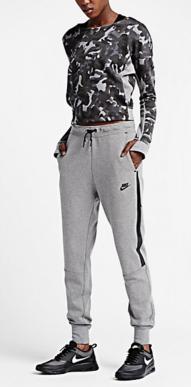 Nike Tech Fleece Camo Crew